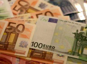 Schalker Trikot demnächst billiger als 100 Euro.